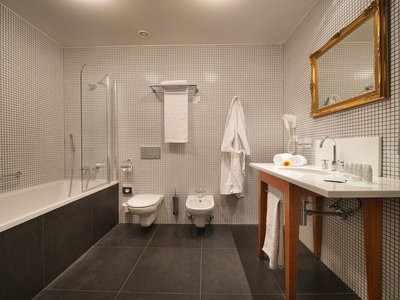 EA Hotel Tereziansky dvur**** - double room, bathroom